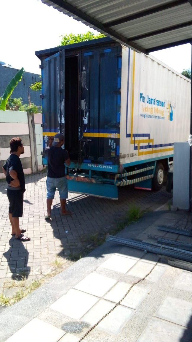 Kelebihan Menggunakan Jasa Penyewaan Truk Surabaya untuk Pindahan